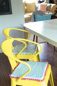 diy chair cushions diy no sew kitchen chair cushions
