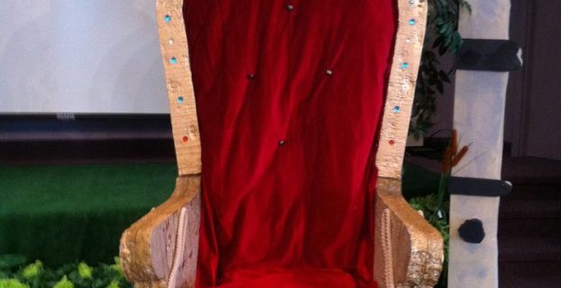 diy throne chair afafdadb pep rally vbs