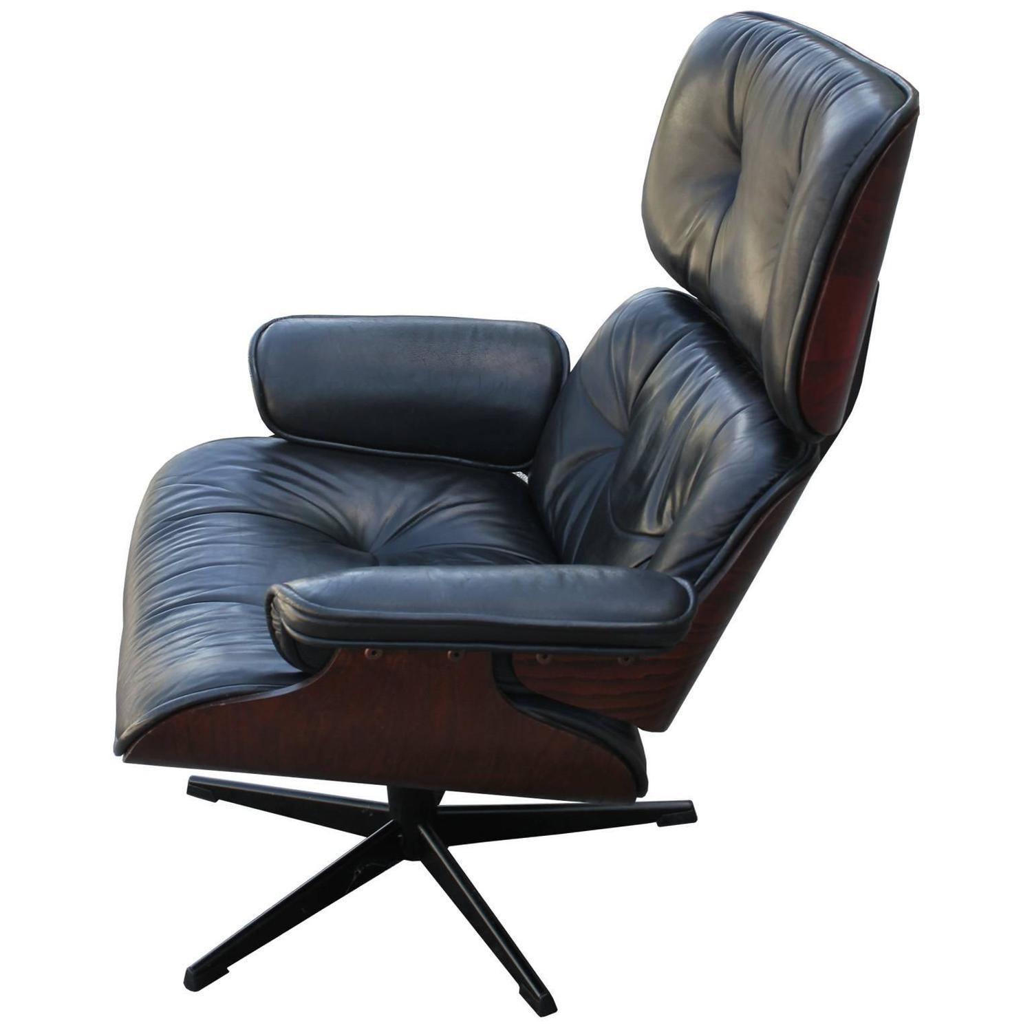 Eames Type Lounge Chair. Eames Style Lounge Chair