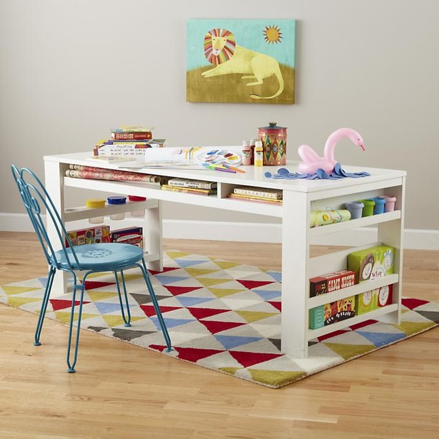 kid play table and chair