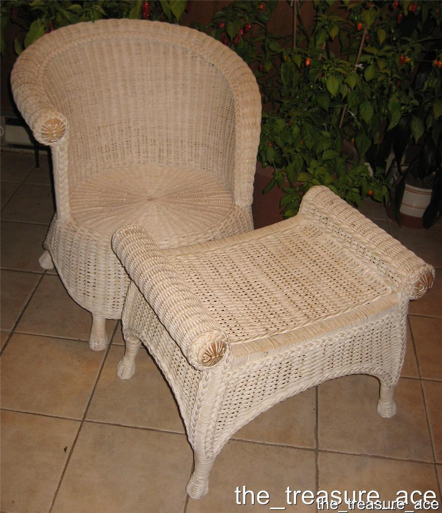 pier one wicker chair o