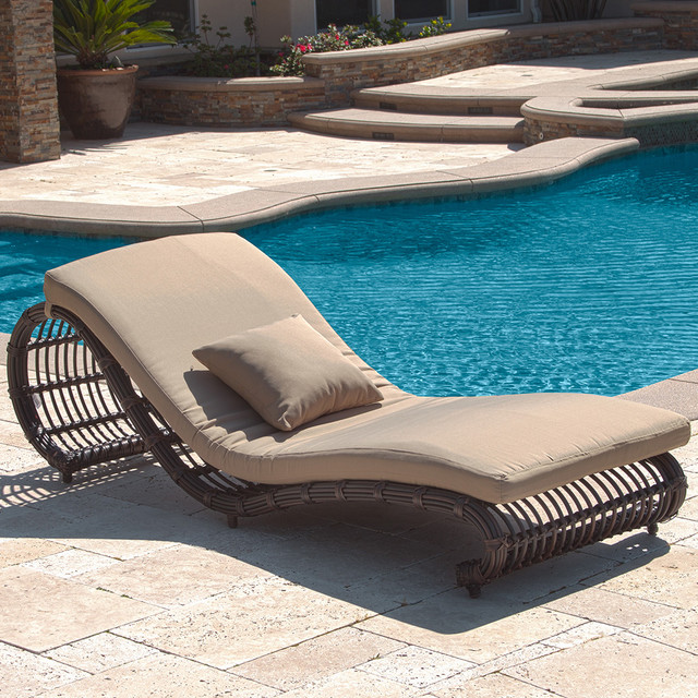 pool chair lounger