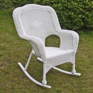 white wicker rocking chair master:ici