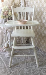 white wooden high chair il xn liv